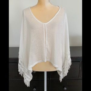 H&M Divided knit poncho size small NWT